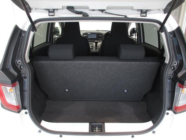 X リミテッドSAIII 4WD フルセグナビ バックカメラ 衝突被害軽減ブレーキ コーナーセンサー アイドリングストップ キーレス LEDヘッドライト 4WD フルセグナビ Bluetooth対応 DVD再生 バックカメラ ETC車載器 ワンオーナー(6枚目)