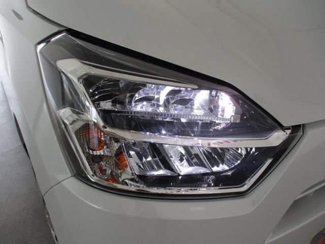 X リミテッドSAIII 4WD フルセグナビ バックカメラ 衝突被害軽減ブレーキ コーナーセンサー アイドリングストップ キーレス LEDヘッドライト 4WD フルセグナビ Bluetooth対応 DVD再生 バックカメラ ETC車載器 ワンオーナー(11枚目)