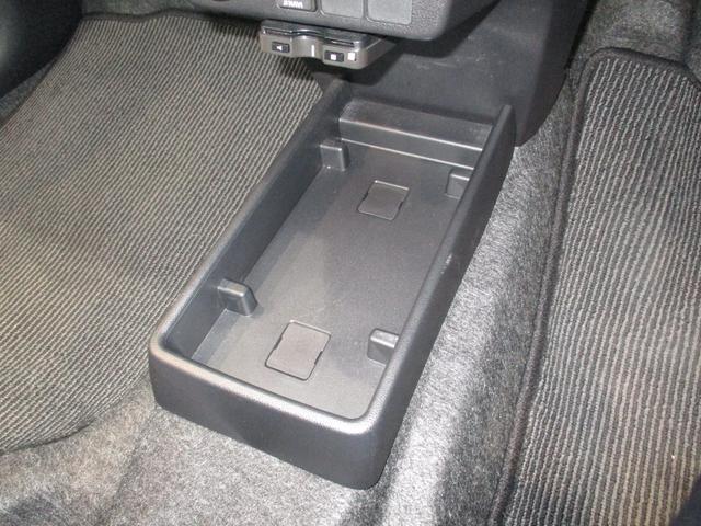 X リミテッドSAIII 4WD フルセグナビ バックカメラ 衝突被害軽減ブレーキ コーナーセンサー アイドリングストップ キーレス LEDヘッドライト 4WD フルセグナビ Bluetooth対応 DVD再生 バックカメラ ETC車載器 ワンオーナー(64枚目)