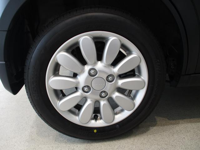 X エマージェンシーブレーキ フルセグナビ シートヒーター 衝突被害軽減ブレーキ アイドリングストップ 運転席シートヒーター レザー調シートカバー LEDヘッドライト オートライト  フルセグナビ Bluetooth対応 SD録音 タイヤ4本新品交換済(10枚目)