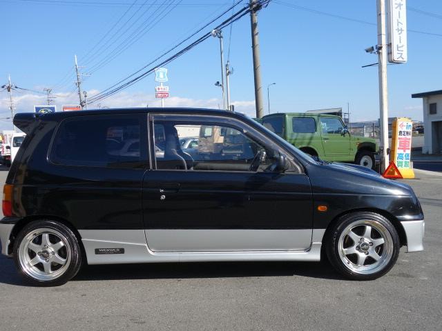 RS/Z 4WD 5速 レカロシート 社外マフラー(4枚目)