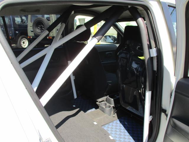X4ハイグレードパック ロールゲージ 車高調 2人乗り公認(43枚目)