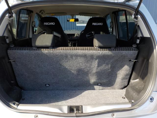 4WD 5MT ワンオーナー ノーマル車(16枚目)