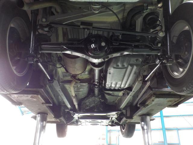 カスタムL 4WD 5MT 最終型 センターデフロック(18枚目)