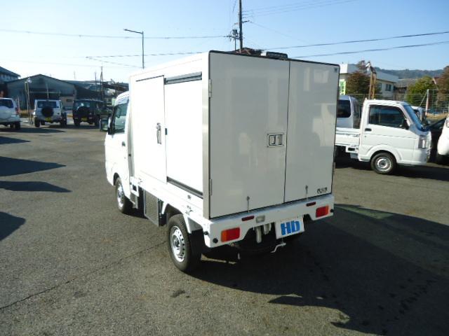 KCエアコン・パワステ 冷蔵冷凍車 エアコン パワステ パワーウィンドウ 設定温度-5度〜+20度 庫内木製スノコ(5枚目)