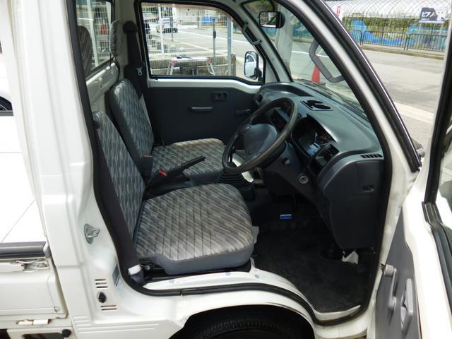 スペシャル 4WD 軽トラック 5速ミッション全国保証付(7枚目)