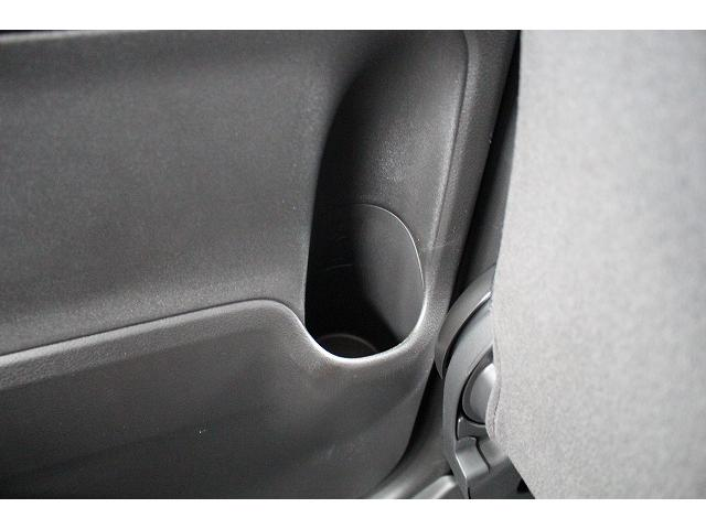 シートも綺麗に保ちたい!!という方には、シートコーティングがオススメ!ご納車前の施工をオススメしています!