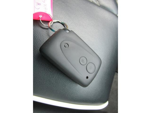 カスタム RS ターボ パイオニアHDDナビ ETC ドラレコ 革調シートカバー キーフリー 革ハンドル アイドリングストップ HIDヘッドライト フォグ 電格ウインカーミラー(25枚目)