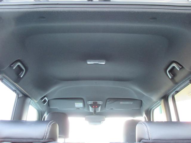 カスタムX 衝突軽減ブレーキ ハーフレザーシート 予約機能付両側ワンタッチ電動スライド 純正オーディオ CD DVD USB バックカメラ オートAC ステアリングリモコン LEDオートライト クリアランスソナー(12枚目)