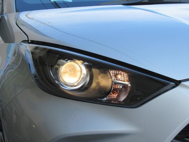 X トヨタセーフティセンス 衝突軽減 オートHiビーム 車線逸脱 純正8型ディスプレイオーディオ スマホナビアプリ対応 バックカメラ ボイスクリアランスソナー スマートキー プッシュスタート オートライト(23枚目)