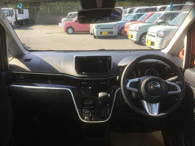車内。視界も良好でストレス無く快適なドライブをご提供できます♪