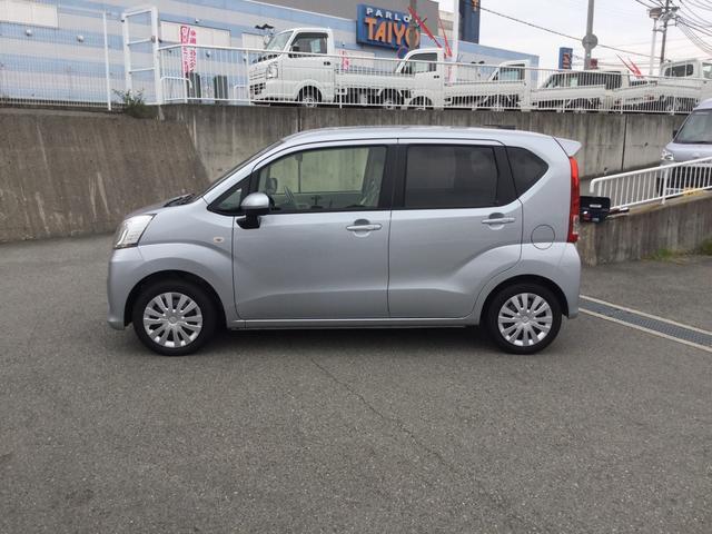 市川橋店に新しいお車入りました〜。