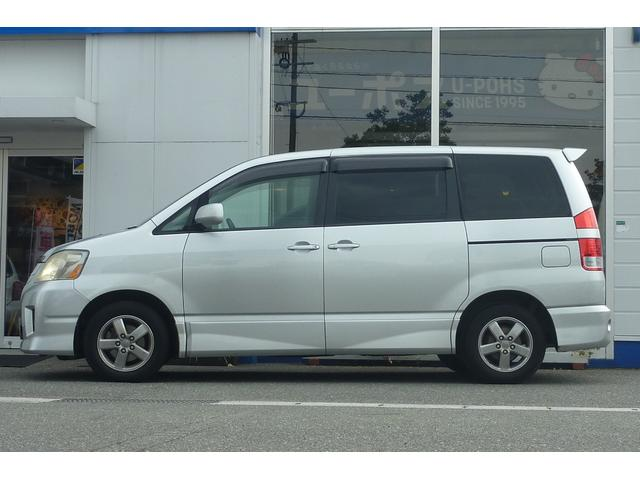 トヨタ ノア S