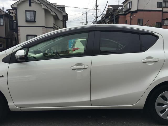 「トヨタ」「アクア」「コンパクトカー」「京都府」の中古車49