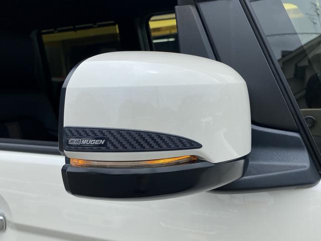 G・EXターボホンダセンシング 禁煙車 無限エアロ(F.S.R)デイライト付 無限ドアミラー&ドアハンドルプロテクター 無限ドアバイザー 純正8型ナビフルセグTV バックカメラ ETC ドラレコ シートバックテーブル スマートキー(19枚目)
