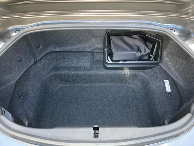 VS ユーザー買取車 ワンオーナー 禁煙車 6MT オーバーンナッパレザーシート マツダコネクト BOSEサウンド フルセグTV Bカメラ ETC セーフティパッケージ LEDヘッドランプ 純正アルミ(20枚目)