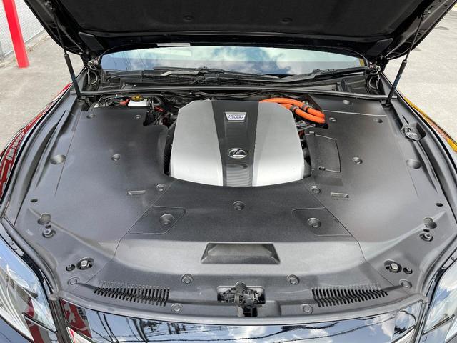 LS500h AWD エグゼクティブ WALD仕様 OZ22アルミ サンルーフ 黒革シート エアサスコントローラー リアエンターテイメント セーフティシステム+A マークレビンソン デジタルインナーミラー 新車保証継承 212ブラック(8枚目)