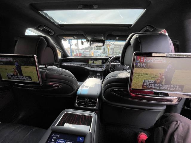 LS500h AWD エグゼクティブ WALD仕様 OZ22アルミ サンルーフ 黒革シート エアサスコントローラー リアエンターテイメント セーフティシステム+A マークレビンソン デジタルインナーミラー 新車保証継承 212ブラック(17枚目)