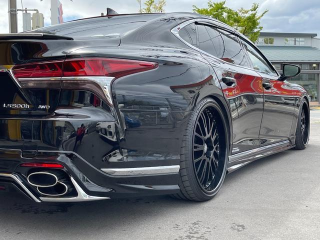 LS500h AWD エグゼクティブ WALD仕様 OZ22アルミ サンルーフ 黒革シート エアサスコントローラー リアエンターテイメント セーフティシステム+A マークレビンソン デジタルインナーミラー 新車保証継承 212ブラック(49枚目)