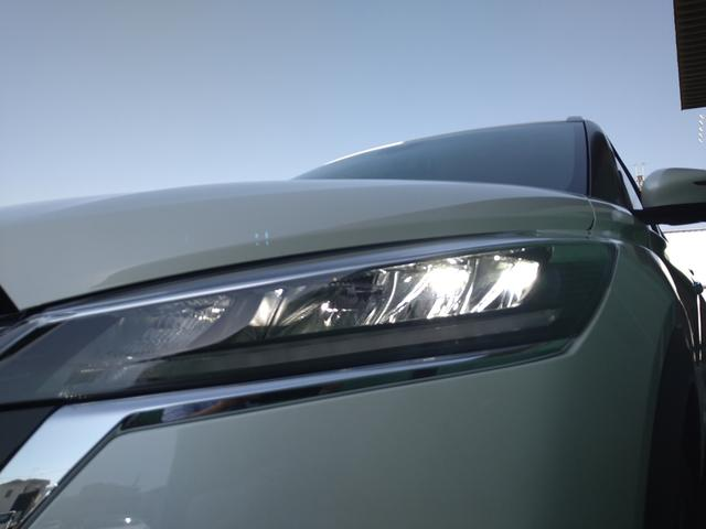X 登録済未使用車 全周囲カメラ LEDヘッドライト 踏み間違い防止 車線逸脱 インテリルームミラー SOSコール ハイビームアシスト EVモードスイッチ ふらつき警報 プロパイロット オートライト(28枚目)