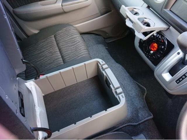 ロングプレミアムGXターボ 登録済未使用車 寒冷地 助手席エアバッグ LEDヘッドライト 全周囲カメラ エマージェンシーブレーキ ディーゼルターボ 4WD インテリキー(17枚目)