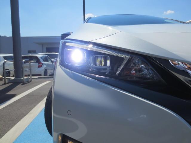 e+ G 弊社試乗車 総電力量62kwh プロパイロット エマジェンシーブレーキ 踏み間違い防止 シートヒーター 電動パーキングブレーキ LEDヘッド 純正ナビ フルセグ ETC 純アルミ オートハイビーム(15枚目)