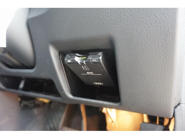 アウディ アウディ A4アバント 1.8T SEパッケージ HDDナビ 黒革 HID ETC