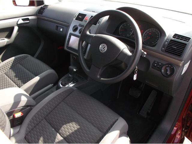 フォルクスワーゲン VW ゴルフトゥーラン TSI トレンドライン 3列シート ナビ 地デジTV