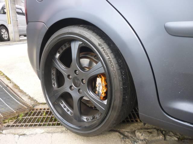 フォルクスワーゲン VW ゴルフトゥーラン GLi 後期ルック 車高調