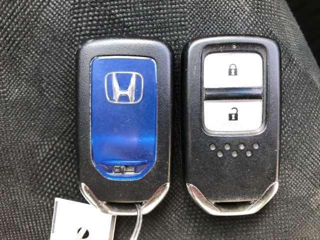 便利なスマートキー!キーはポケット、カバンの中でOKです!あなたの指がキーになります。