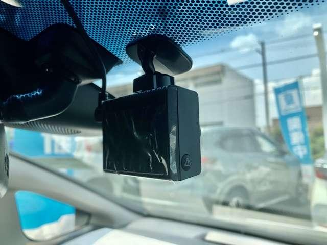 Fパッケージ コンフォートエディション ホンダセンシング Honda SENSING インターナビ リアカメラ LEDヘッドライト LEDフォグライト ETC シートヒーター オートリトラミラー スマートキー 社外品ドラレコ デモカーUP(20枚目)