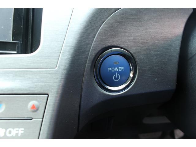 国産車から外車まで当店では納車後1ヶ月・1000Km保証付!電球一つから足回りの異音や電装品の故障なども対応致します☆