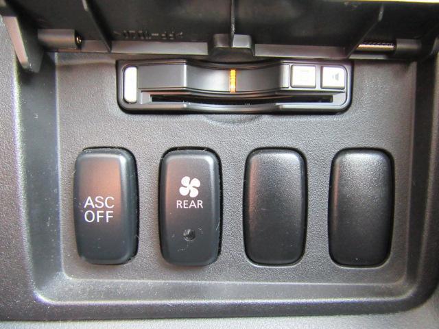 三菱 デリカD:5 G パワーパッケージ 4WD トリプルルーフ スマートキー