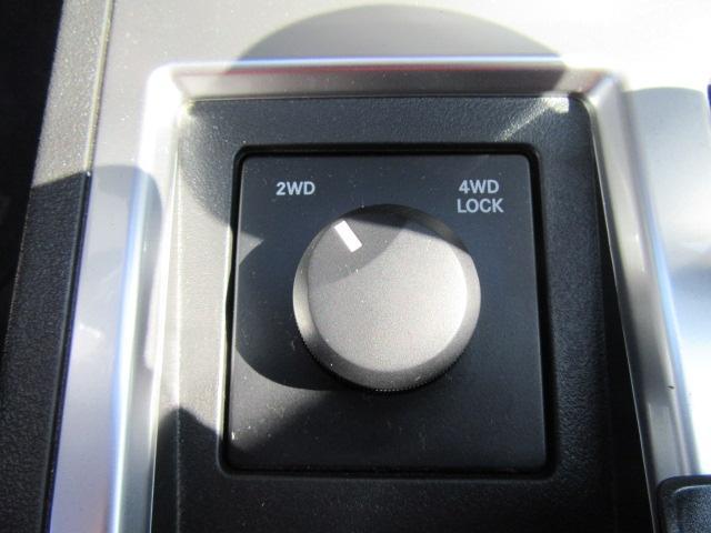 ダッジ ダッジ ナイトロ R/T サンルーフ 本革シート ストラーダHDDナビ