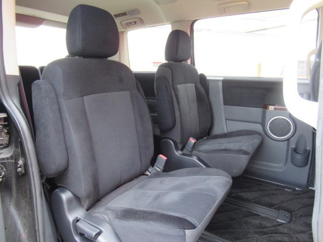シャモニー 4WD 両側電動 フリップダウン 電動シート(12枚目)