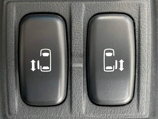D パワーパッケージ 4WD 両側電動 純正HDDナビ(5枚目)