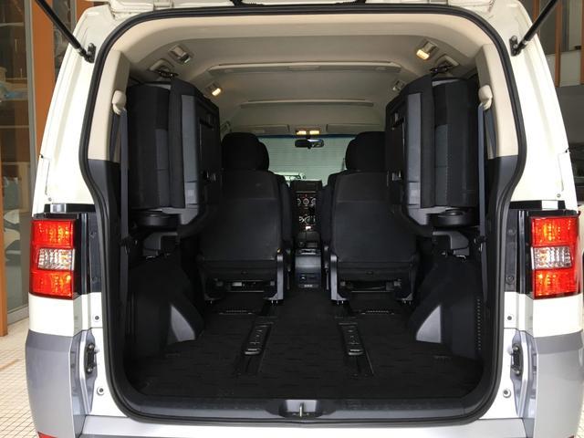 シャモニー 4WD ワンオーナー 両側パワースライド(18枚目)