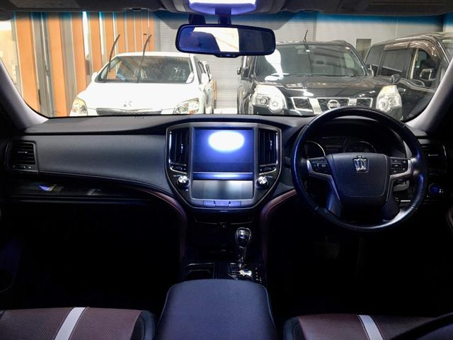 ガラス面が広く運転席からの眺めもとっても開放感ありますね!
