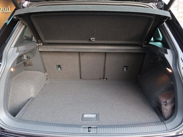 「フォルクスワーゲン」「VW ティグアン」「SUV・クロカン」「大阪府」の中古車48