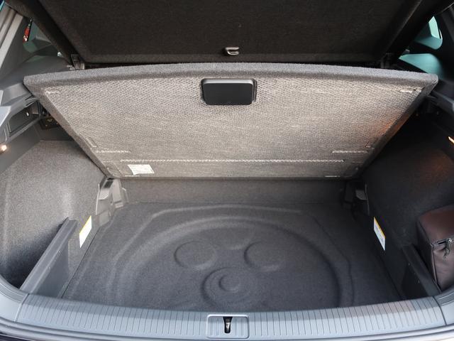 「フォルクスワーゲン」「VW ティグアン」「SUV・クロカン」「大阪府」の中古車49