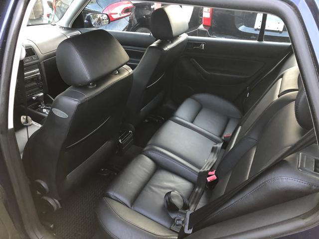 イクセプト 新車ワンオーナー車 左ハンドル HIDヘッドライト シートヒーター 純正16インチアルミ(8枚目)