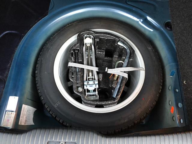 イクセプト 新車ワンオーナー車 左ハンドル HIDヘッドライト シートヒーター 純正16インチアルミ(9枚目)