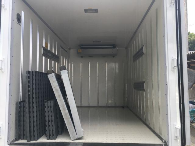 2t冷凍車 東プレ-30℃ サイドドア 総重量4835Kg(9枚目)