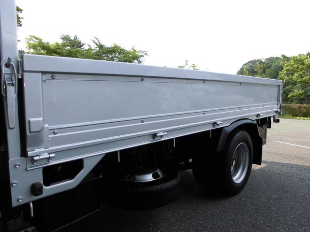 トヨタ ダイナトラック フルジャストロー 2トン積4No 荷台鉄板張り塗装仕上済み