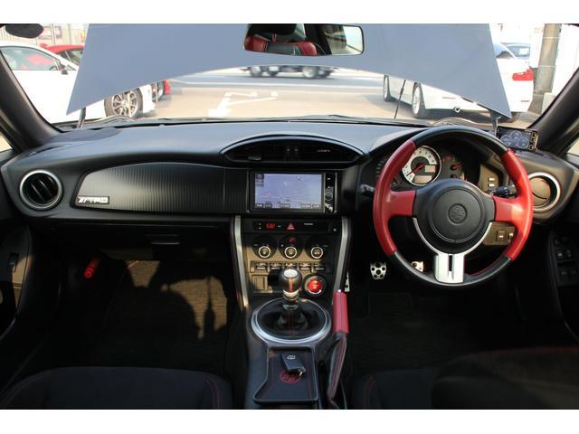 GT 6MT TRDエアロ TRDマフラー RAYSアルミ(17枚目)