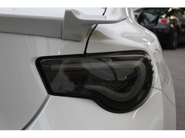 GTリミテッド カロッツェリアメモリーナビTV Bカメラ valentiテールランプ 純正17インチAW ETC パドルシフト クルーズコントロール シートヒーター(6枚目)