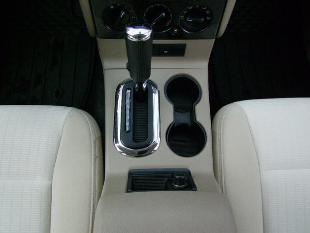 XLTディーラー車/ナビフルセグBカメラ/ノーマル車(14枚目)