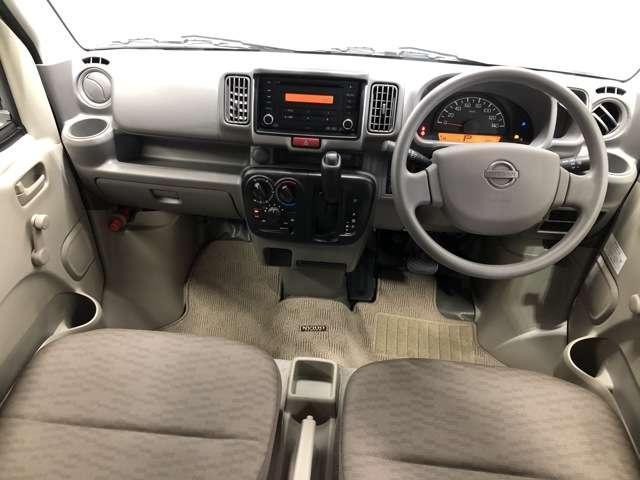 660 DX ハイルーフ 5AGS車 4WD CDチューナーデッキ(4枚目)