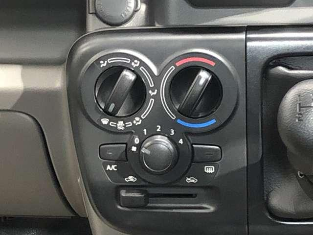 660 DX ハイルーフ 5AGS車 4WD 純正CDオーディオ&リモコンキー(7枚目)