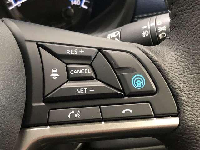 《プロパイロットエディション》プロパイロットはアクセル、ブレーキ、ステアリング操作をクルマがサポート。高速走行におけるドライバーの負担を軽減します★